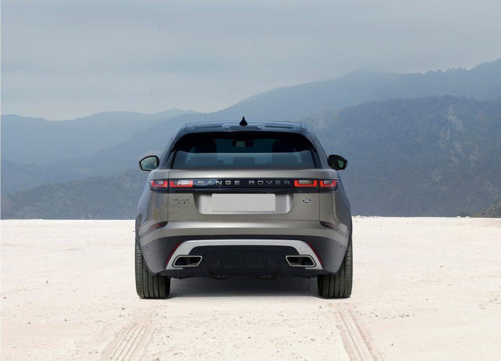 Новый Range Rover Velar, вид сзади