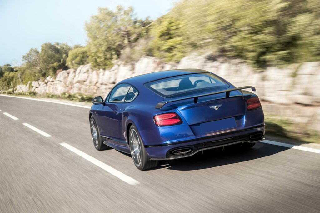 Новый Bentley Continental Supersports, вид сзади