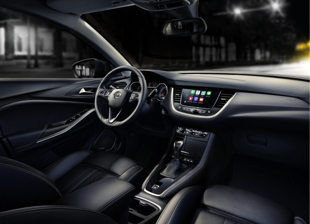 Opel Grandland X, салон