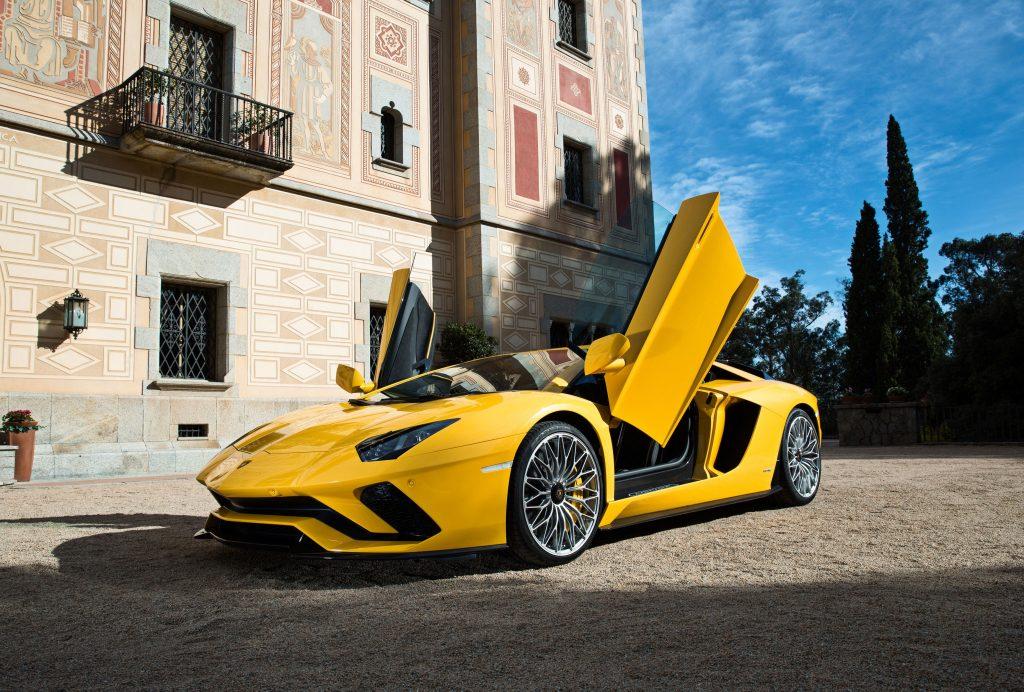 Lamborghini Aventador S, двери