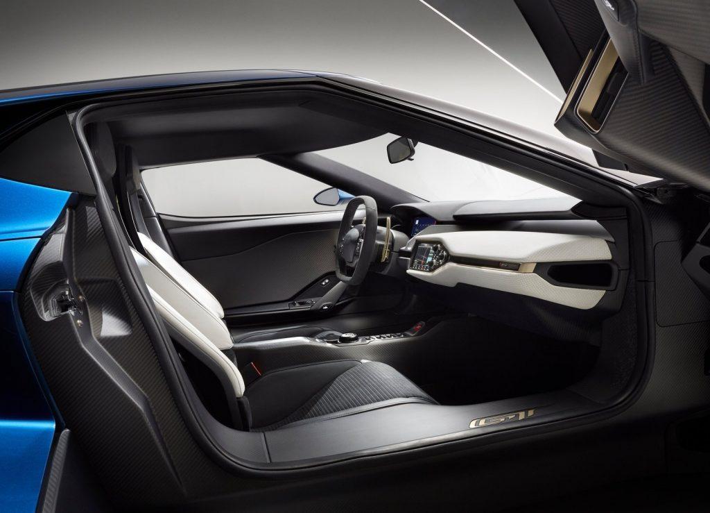 Ford GT, сиденья