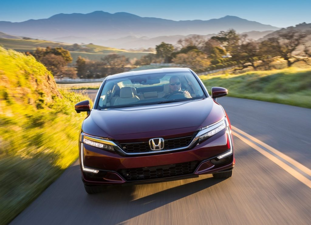 Honda Clarity Fuel Cell, вид спереди