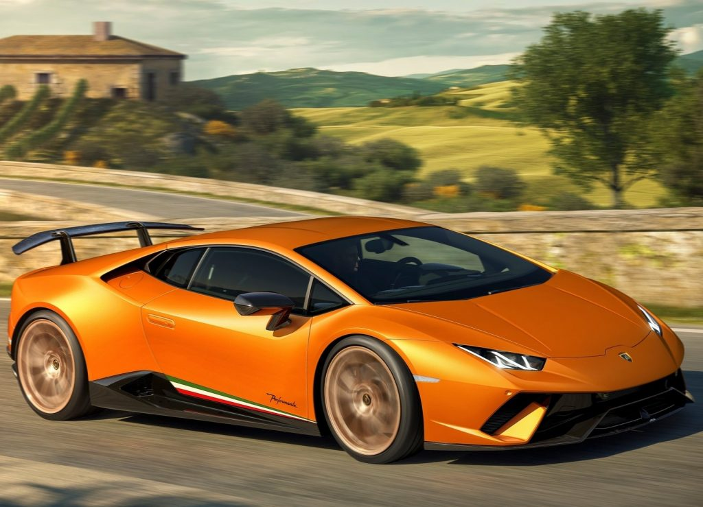 Lamborghini Huracan Performante, вид на переднюю диагональ