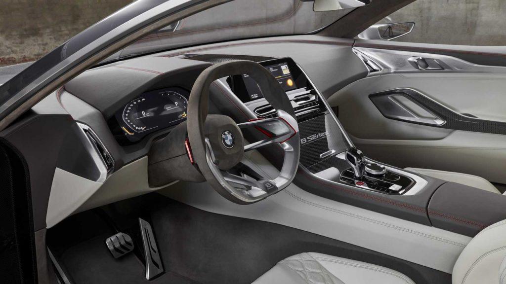 BMW 8 Series 2017, передняя панель