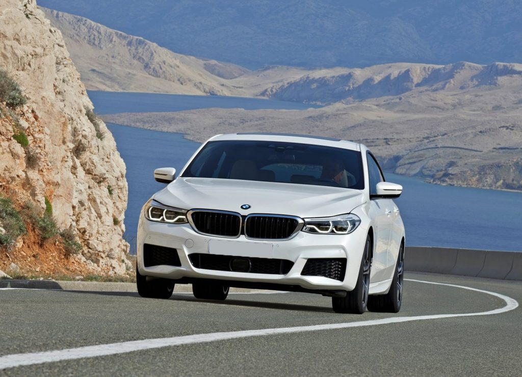 BMW 6 Series Gran Turismo, вид спереди