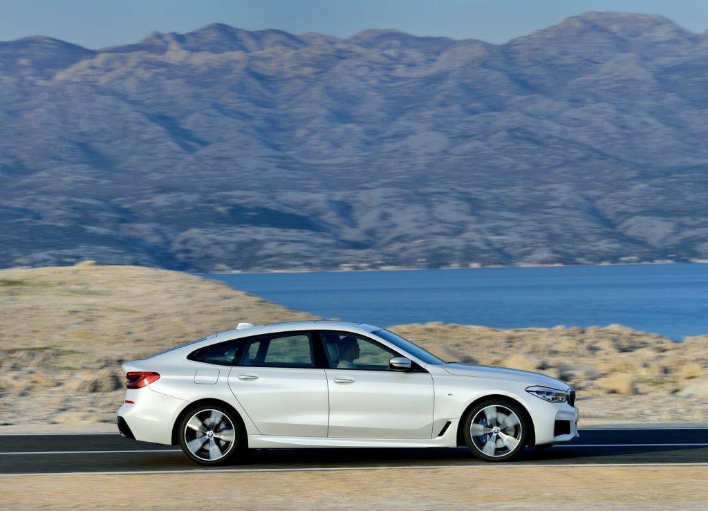 BMW 6 Series Gran Turismo 2017, вид сбоку