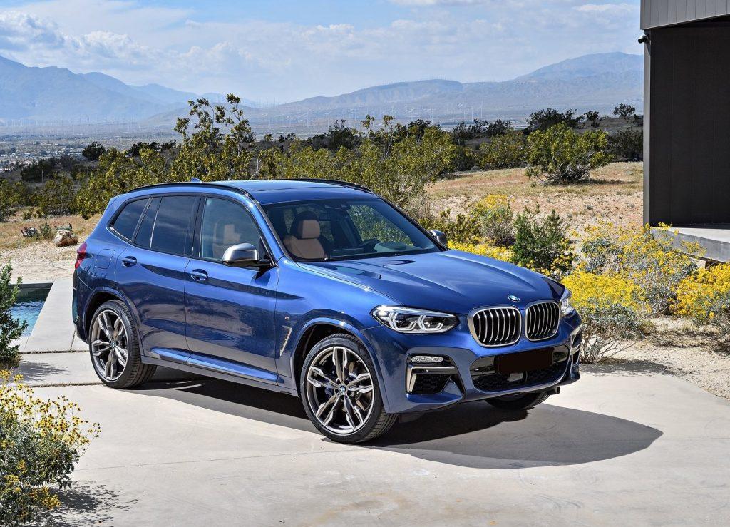 BMW X3, вид на переднюю диагональ