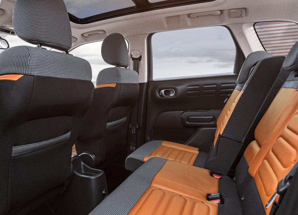 Citroen C3 Aircross, задние сиденья