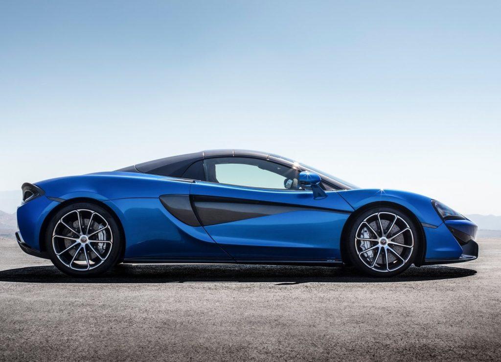 Новый McLaren 570S Spider, вид сбоку