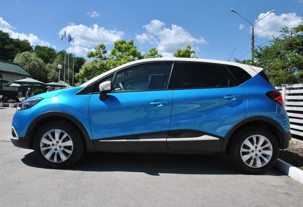 Renault Captur 2017, вид сбоку
