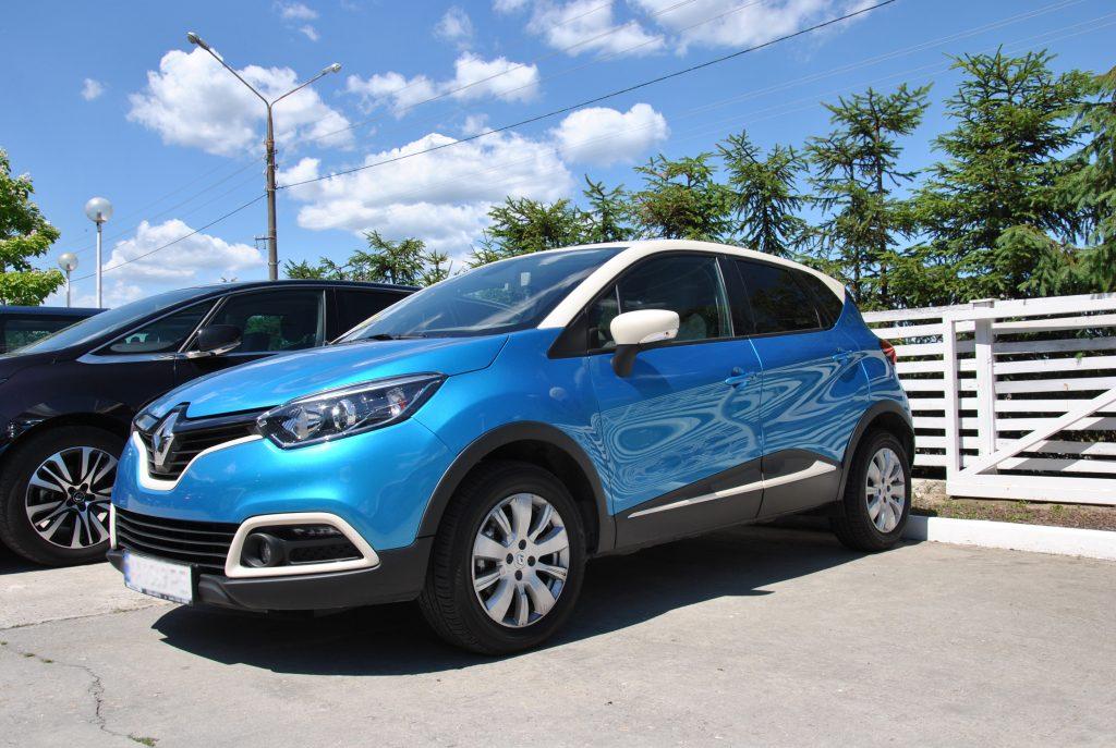 Renault Captur, вид на переднюю диагональ