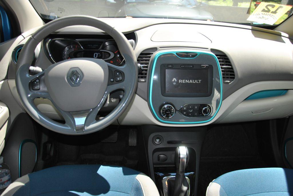 Renault Captur, передняя панель