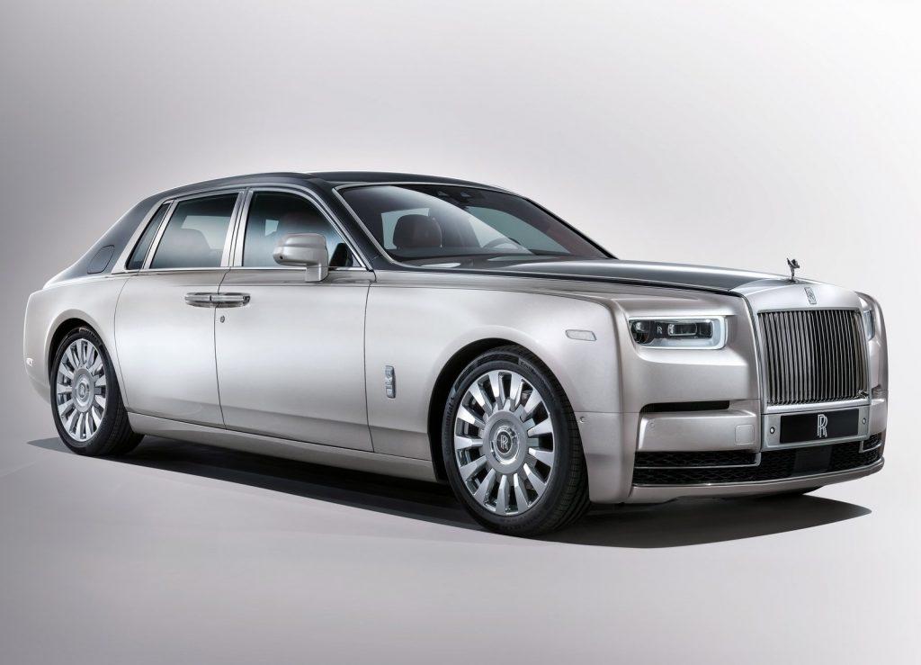 Rolls-Royce Phantom, вид на переднюю диагональ