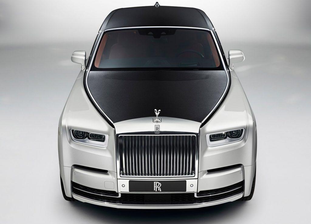 Новый Rolls-Royce Phantom, вид спереди