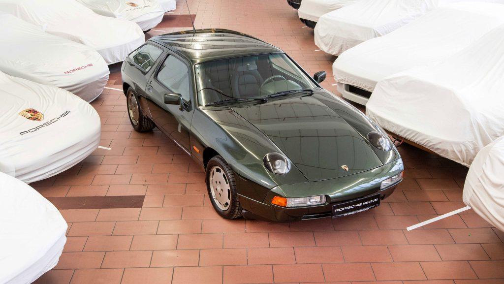 Универсал Porsche 928