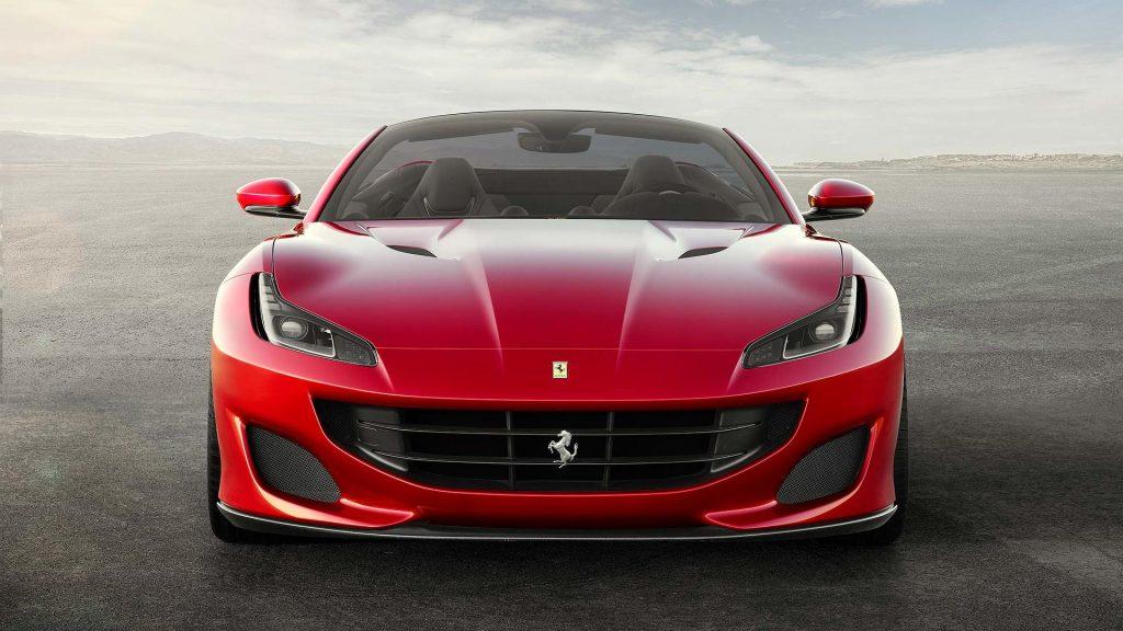 Ferrari Portofino 2017, вид спереди