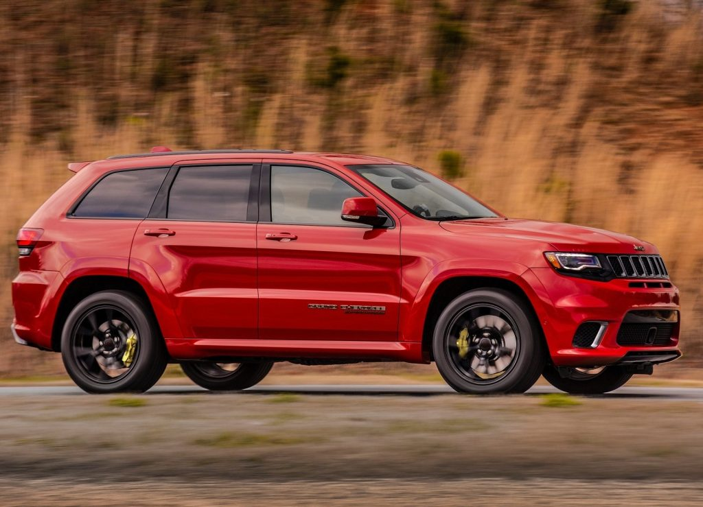 Jeep Grand Cherokee Trackhawk, вид сбоку