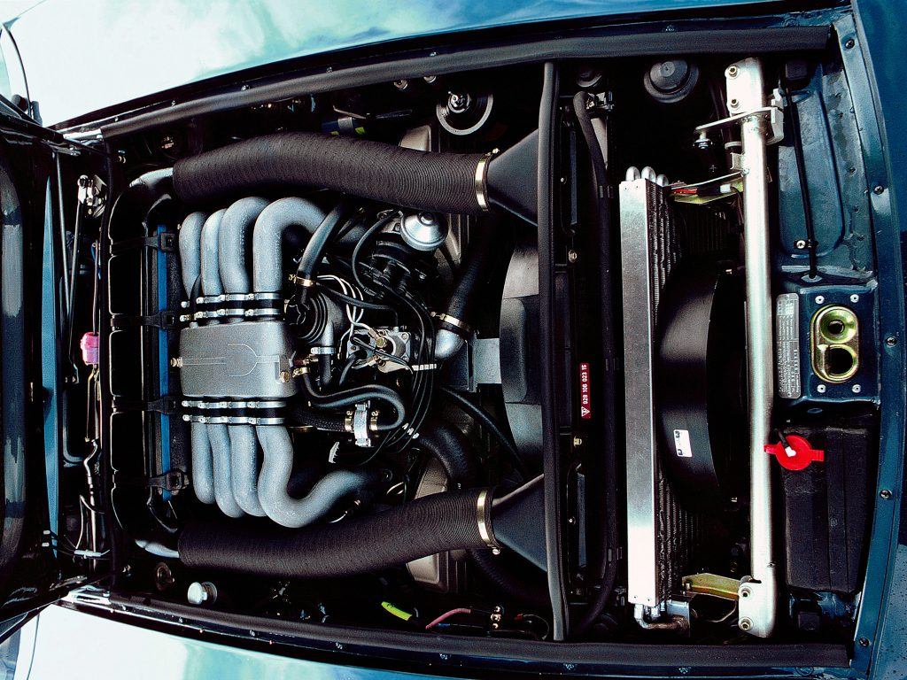 мотор Porsche 928
