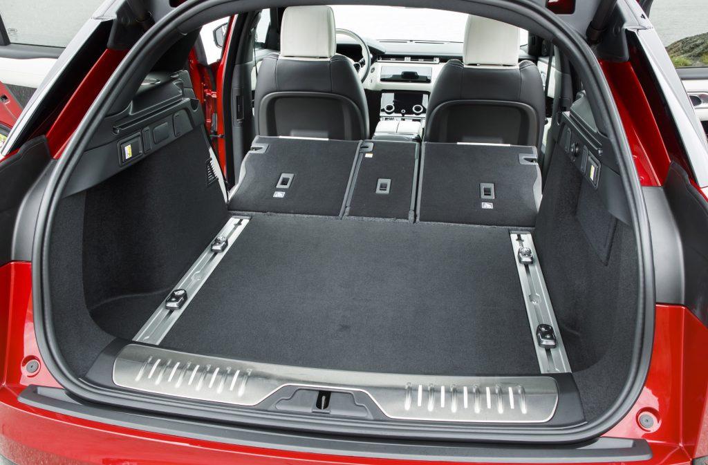 Range Rover Velar 2017, багажник