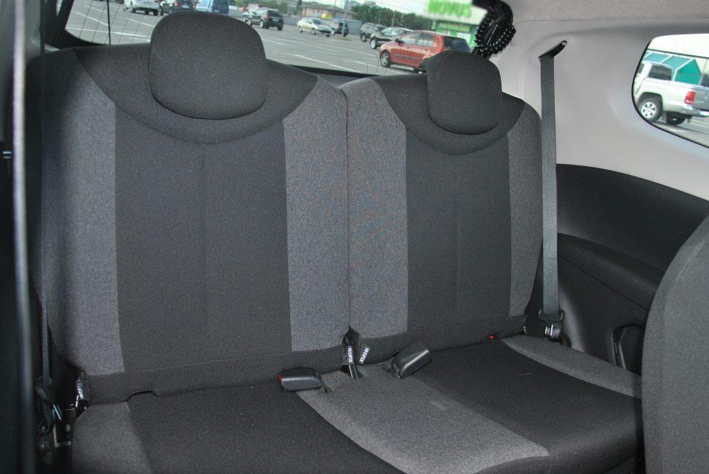 Новый Citroen C1, задние сиденья