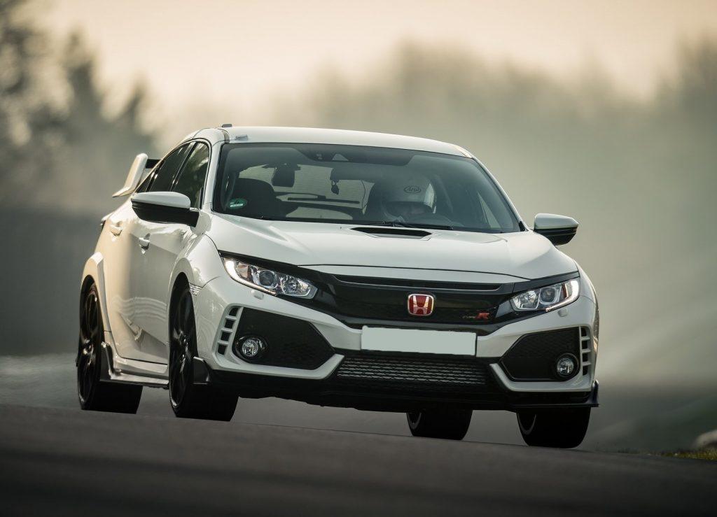 Honda Civic Type R 2017, вид спереди