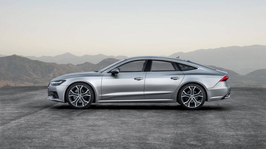 Audi A7 Sportback 2018, вид сбоку