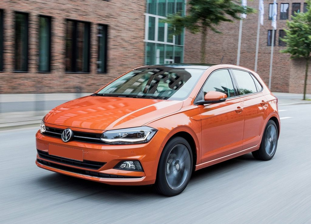 Volkswagen Polo, вид на переднюю диагональ