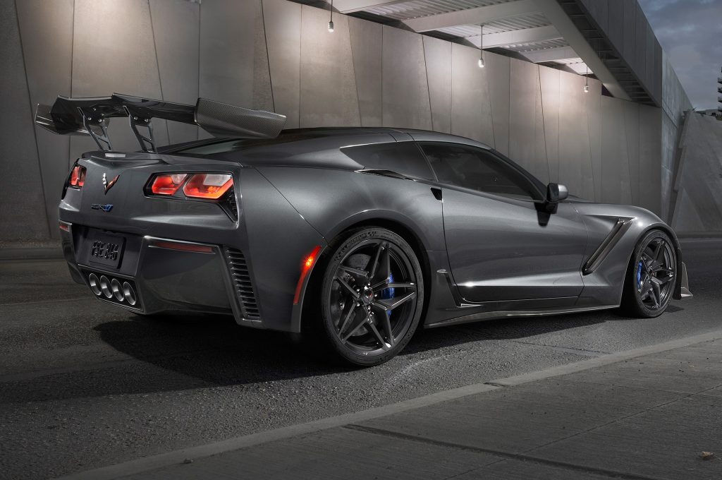 Chevrolet Corvette ZR1 2018, вид сзади