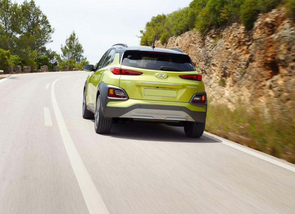 Новый Hyundai Kona, вид сзади