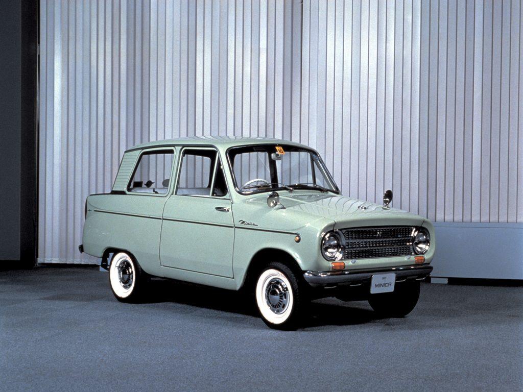 Mitsubishi Minica, 1962 год