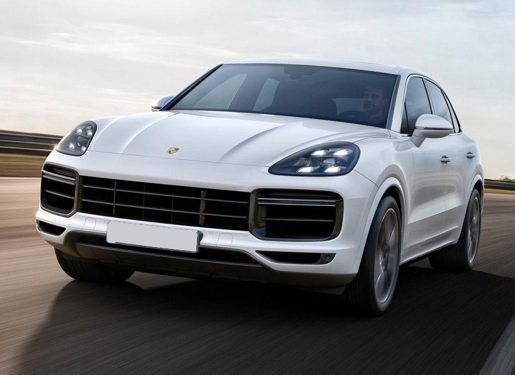 Porsche Cayenne 2017, вид спереди
