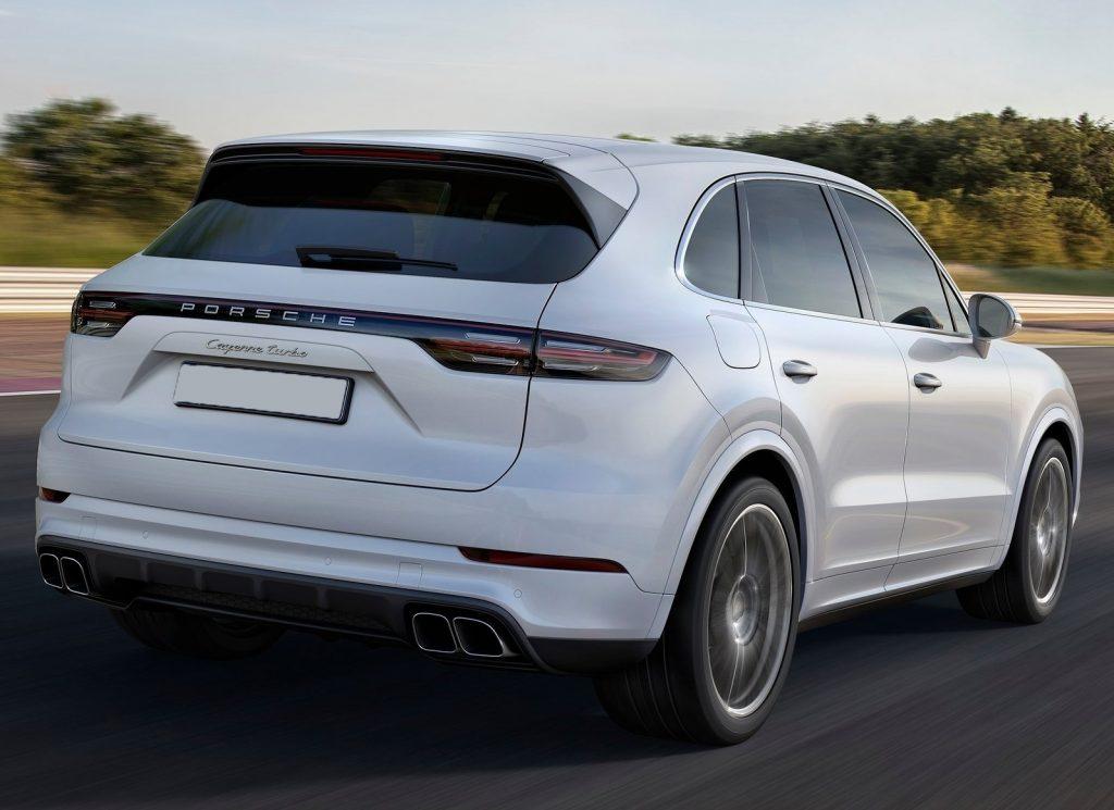 Porsche Cayenne 2018, вид сзади