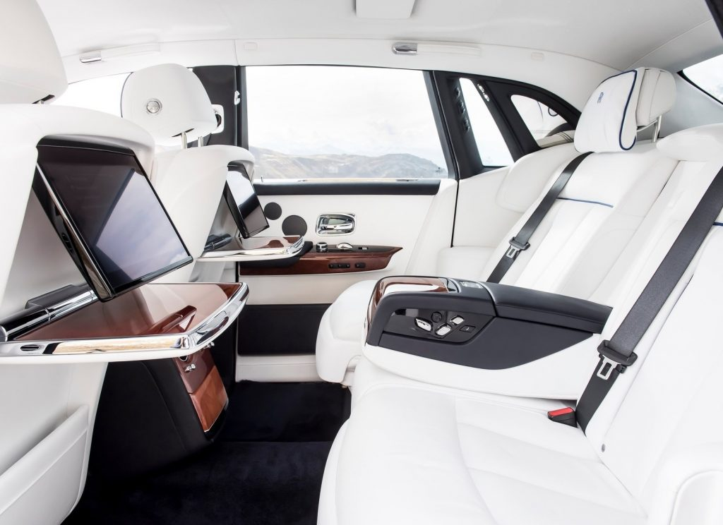Новый Rolls-Royce Phantom, задние сиденья