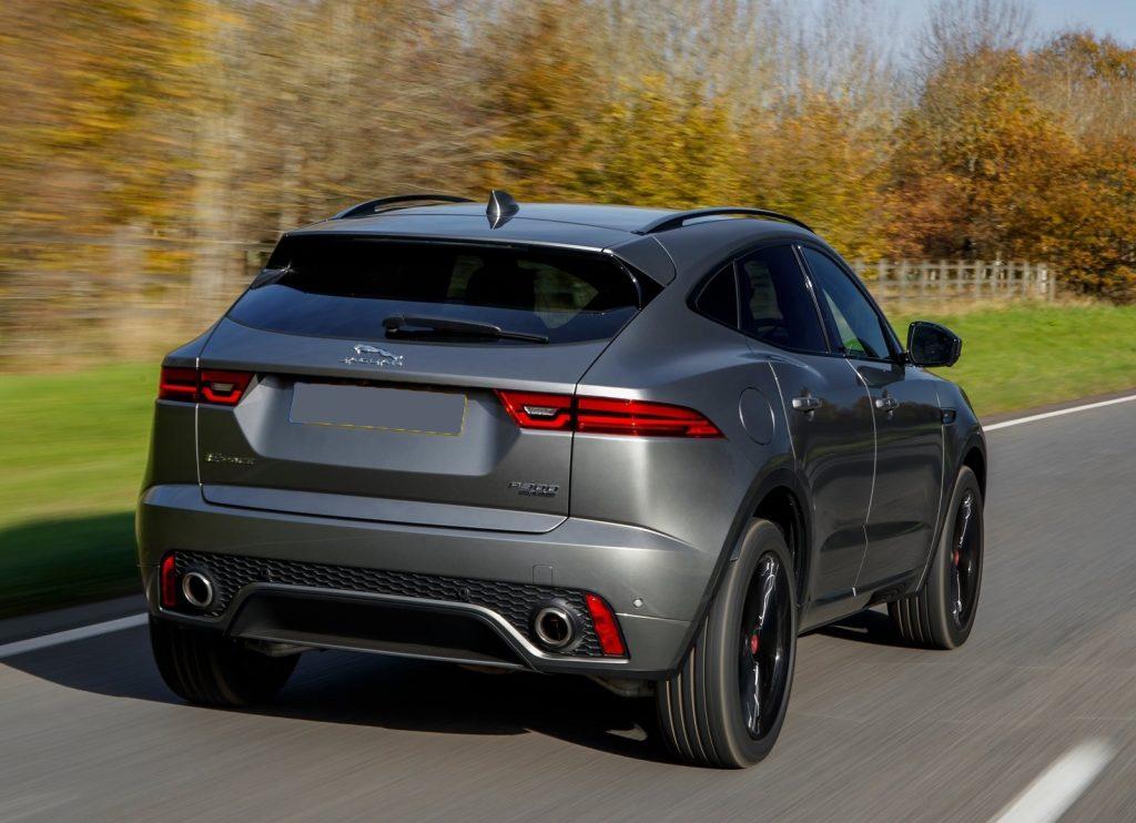 Jaguar E-Pace 2018, вид сзади
