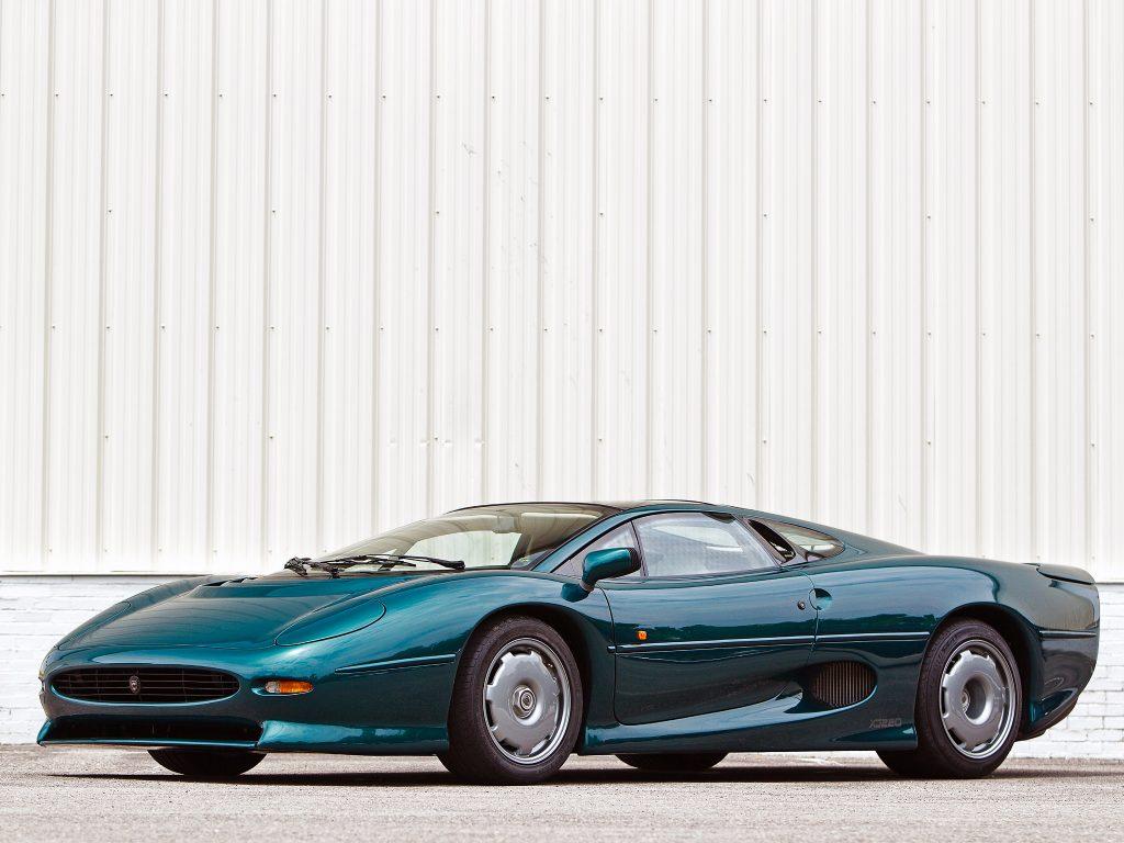 Jaguar XJ220 1992 года
