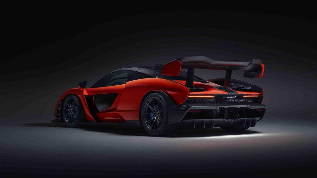 McLaren Senna, вид на заднюю диагональ
