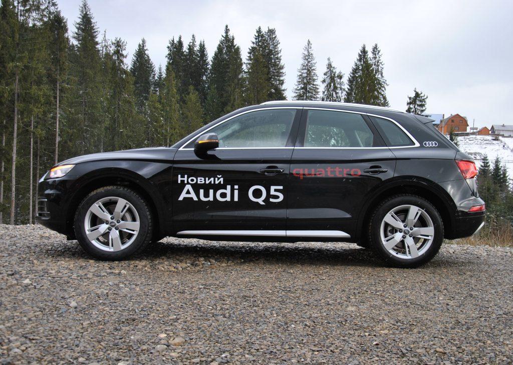Audi Q5 2018, вид сбоку
