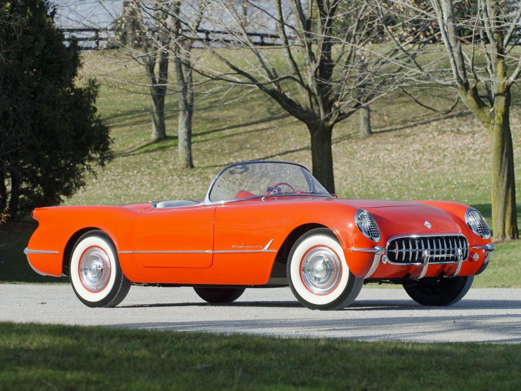 Модель 1955 года получила 4,3-литровый V8