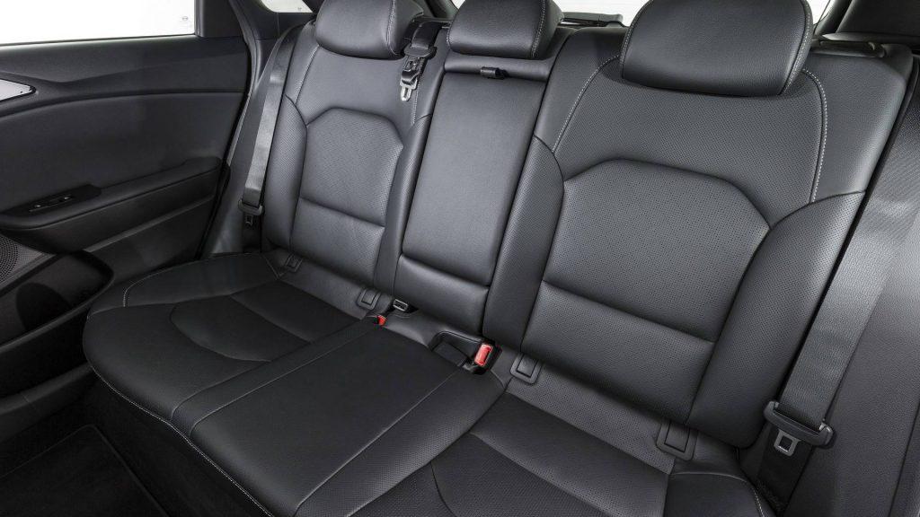 Kia Ceed 2018, задние сиденья