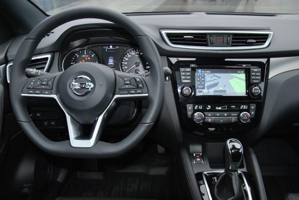 Новый Nissan Qashqai, передняя панель