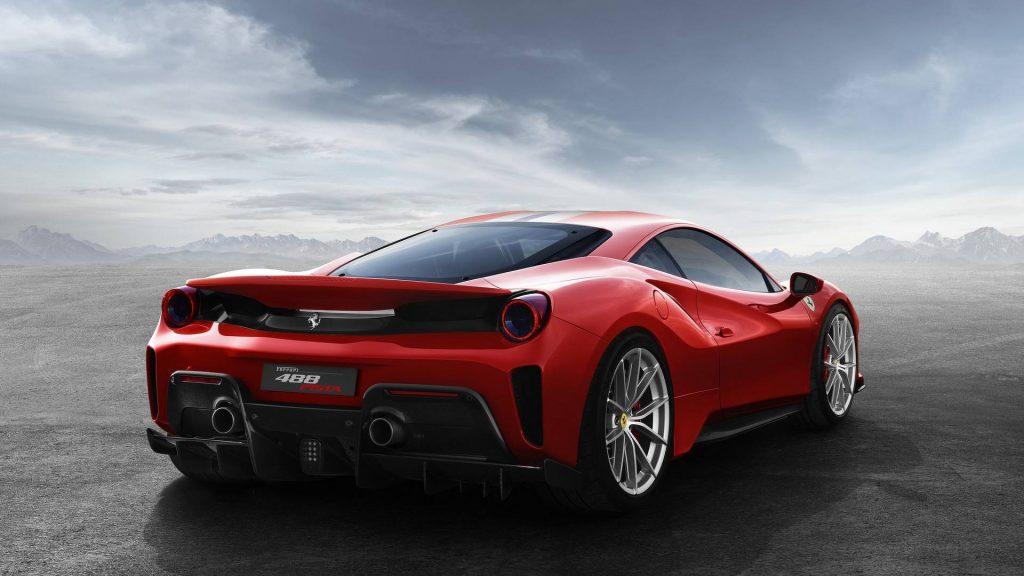 Ferrari 488 Pista 2018, вид сзади
