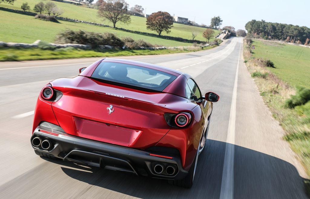 Ferrari Portofino 2018, вид сзади