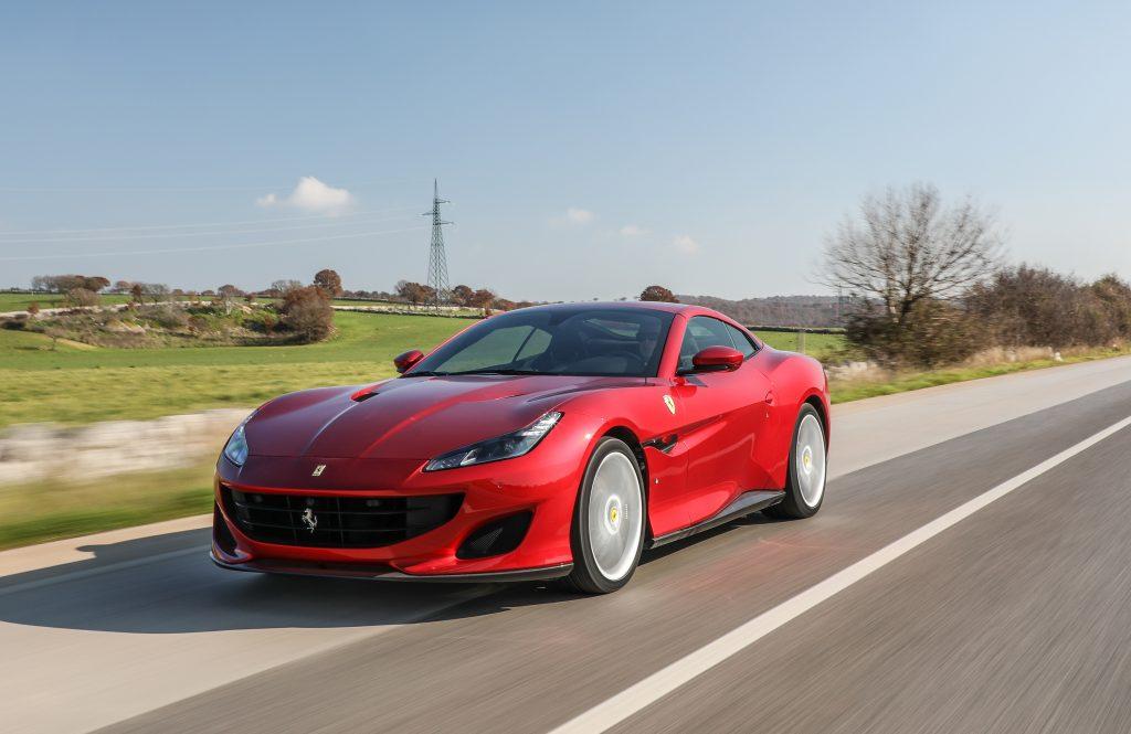 Ferrari Portofino, вид на переднюю диагональ