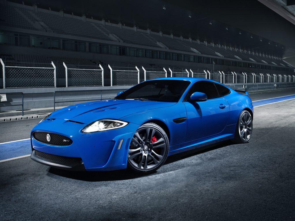 Jaguar XKR-S 2011 года