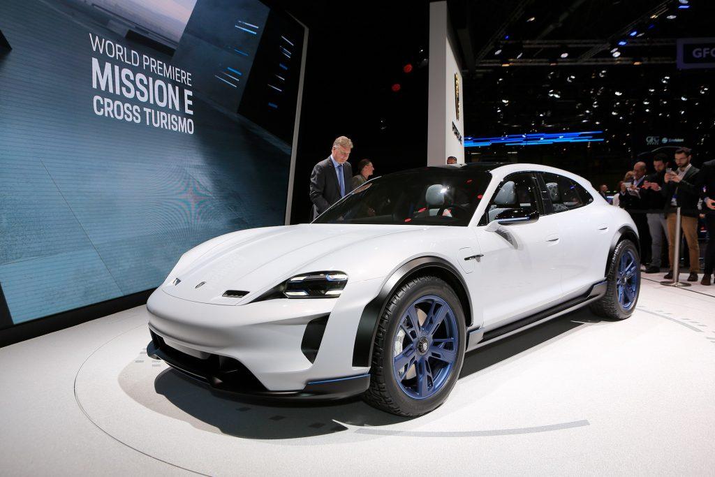 Porsche Mission E Sport Turismo