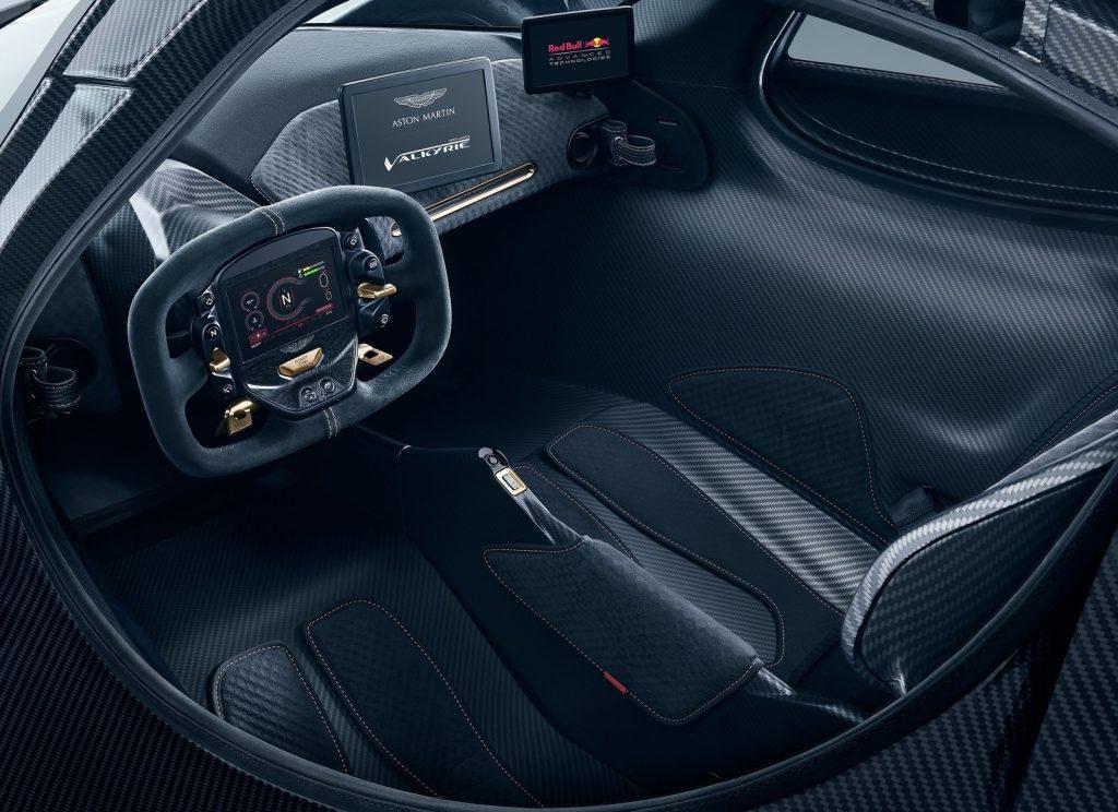 Новый Aston Martin Valkyrie, сиденья