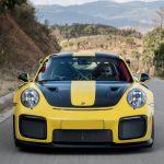 Porsche-911_GT2_RS-2