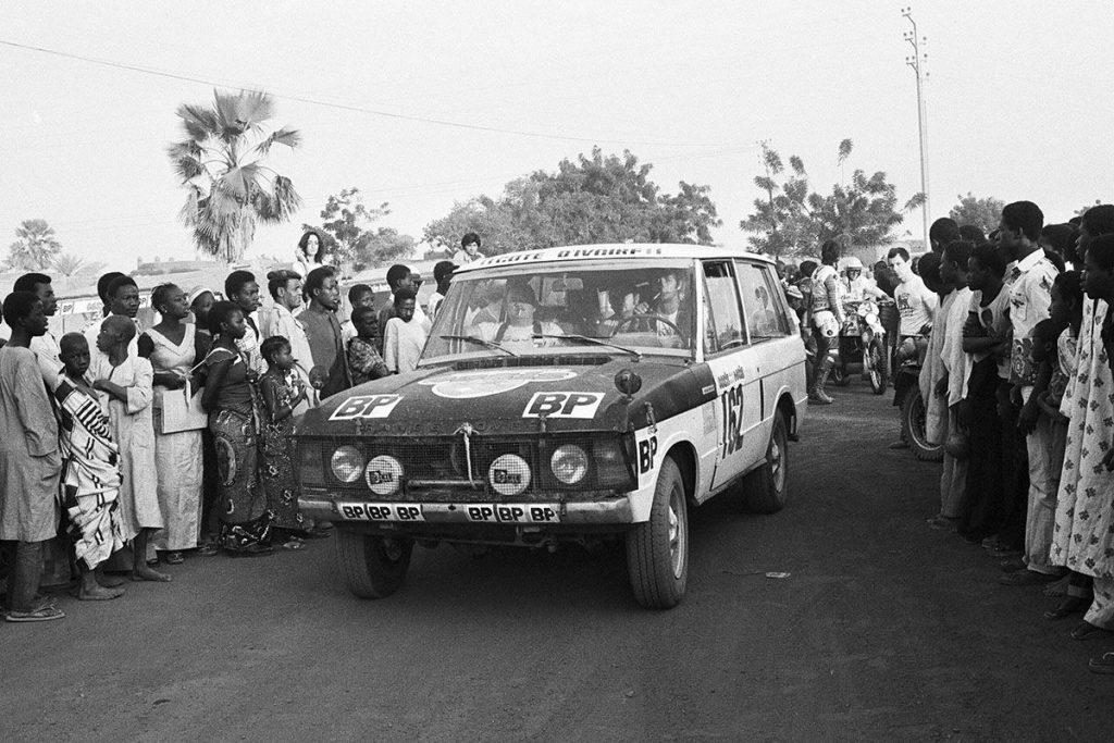 Range Rover стал первым победителем ралли Париж-Дакар