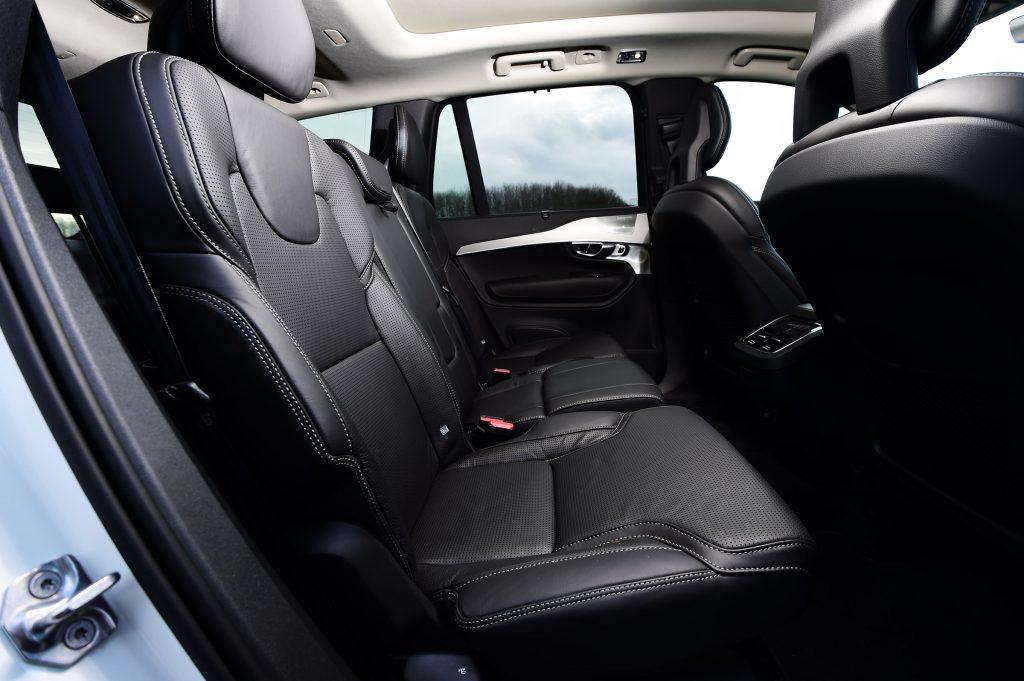 Новый Volvo XC90, задние сиденья