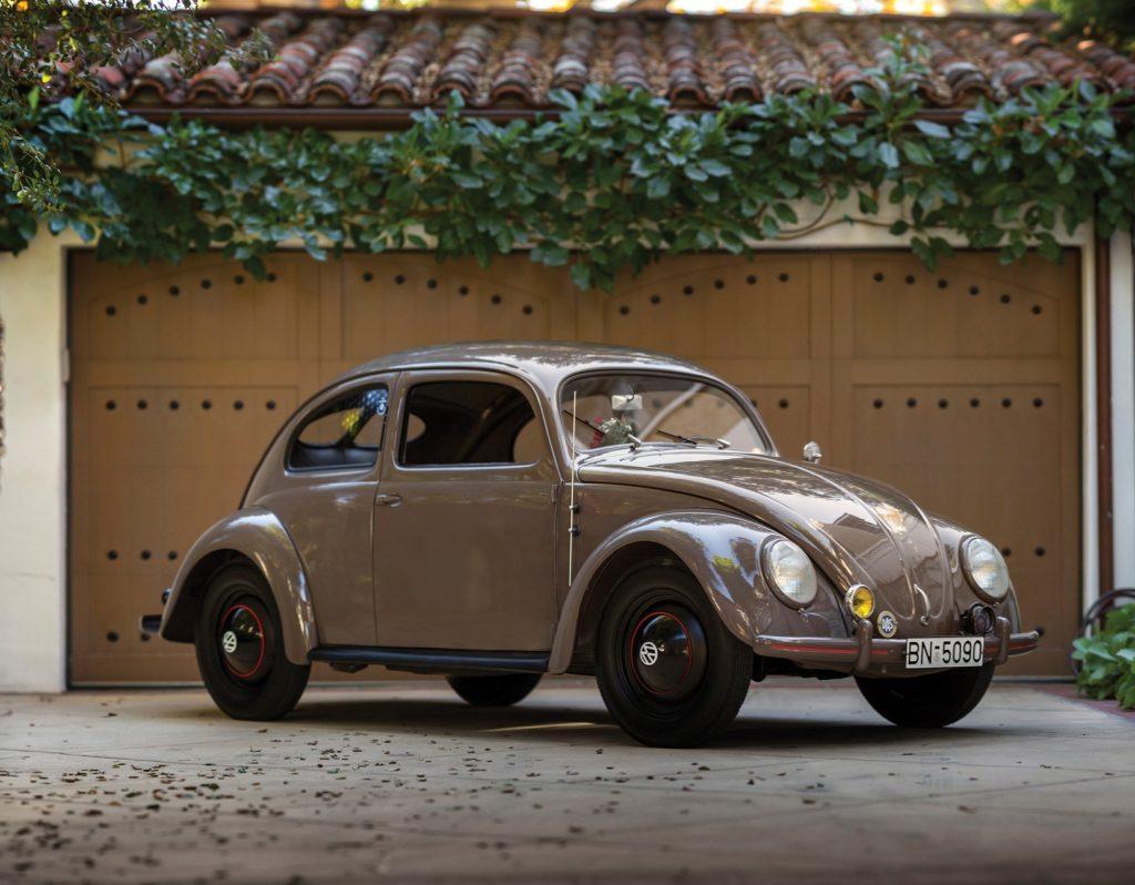Первый серийный Volkswagen Beetle 1946 года